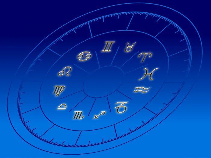 Zodiaco e perle di vetro veneziano